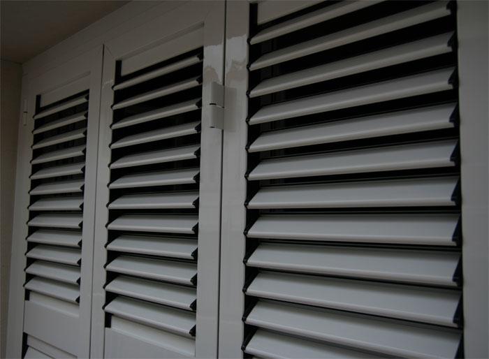 Mallorquinas aluminio - Puertas mallorquinas ...